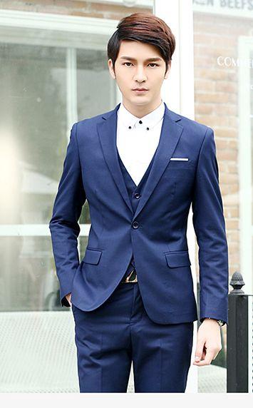 蓝色正装西服